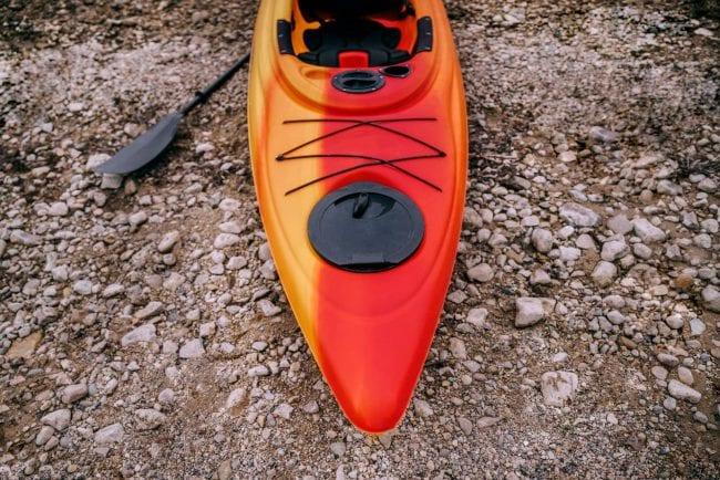 kayak-on-shore